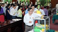 National Assembly members cast their ballots in Vietnam's historic confidence vote