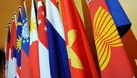 ASEAN to work with China on East Sea dispute
