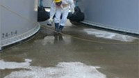 Russia offers to help clean up Fukushima as Tepco calls for help