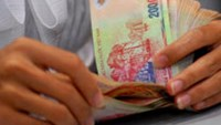 """Vietnam central bank needs """"consistent' policies, analysts say"""
