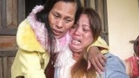 Vietnamese woman reunites with family 20 years after being trafficked to China