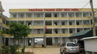 Van Hien Thanh Hoa Medicine and Pharmacy Vocational School in the central province of Thanh Hoa, whose chairman along with another person allegedly faked the education minister's signature