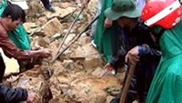 Landslides kill 4, leave 2 missing in central Vietnam