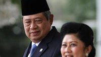Indonesia president under pressure as top judge arrested for graft