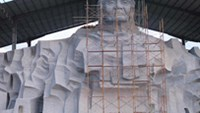 Vietnam lacks money to build memorial statue: gov't