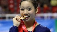 """Gymnast Phan Thi Ha Thanh, whose specialty is the vault event, has been named Vietnam's """"athlete of the year"""" for the second straight year"""