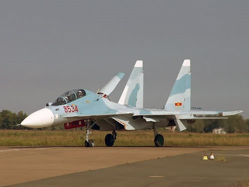 A Vietnamese Airforce Su-27 Flanker
