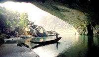 Researchers say tourism is ruining Vietnam's world famous caves