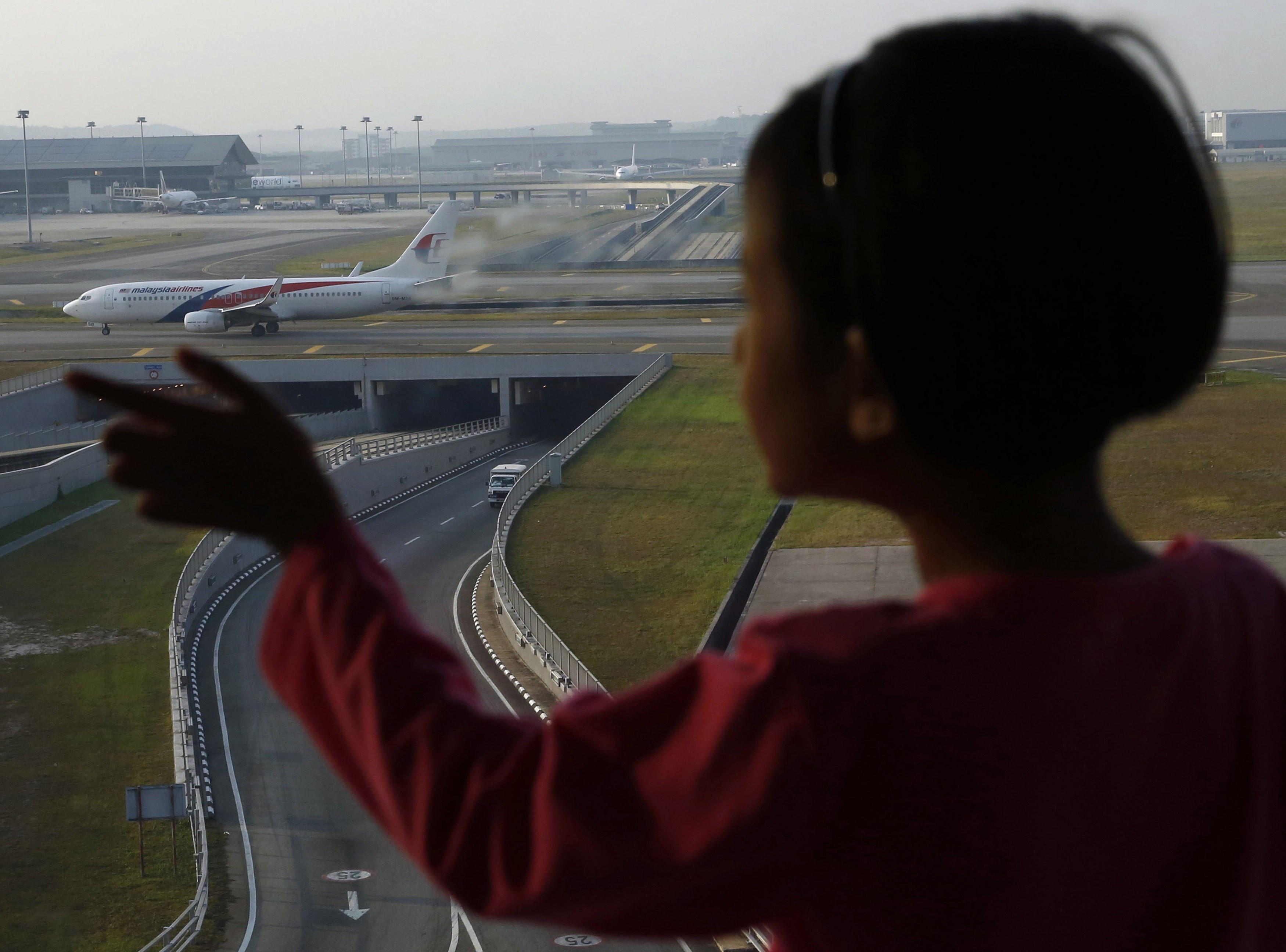 Malaysia Airlines posts Q2 net loss of $98 mln