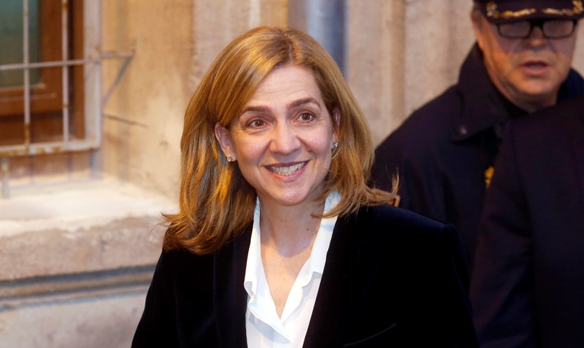 Spain's Princess Cristina leaves a courthouse after testifying in front of judge Jose Castro over tax fraud and money-laundering charges in Palma de Mallorca in this February 8, 2014 file photo. Photo credit: Reuters