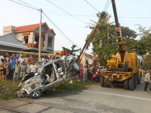 The scene of an accident in the central city of Da Nang. During the four-day holiday, 209 traffic accidents across the country killed 104 people and injured 135 others. Photo: Nguyen Tu
