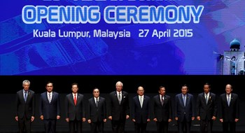 ASEAN draft statement says Sth China Sea land reclamation risks security