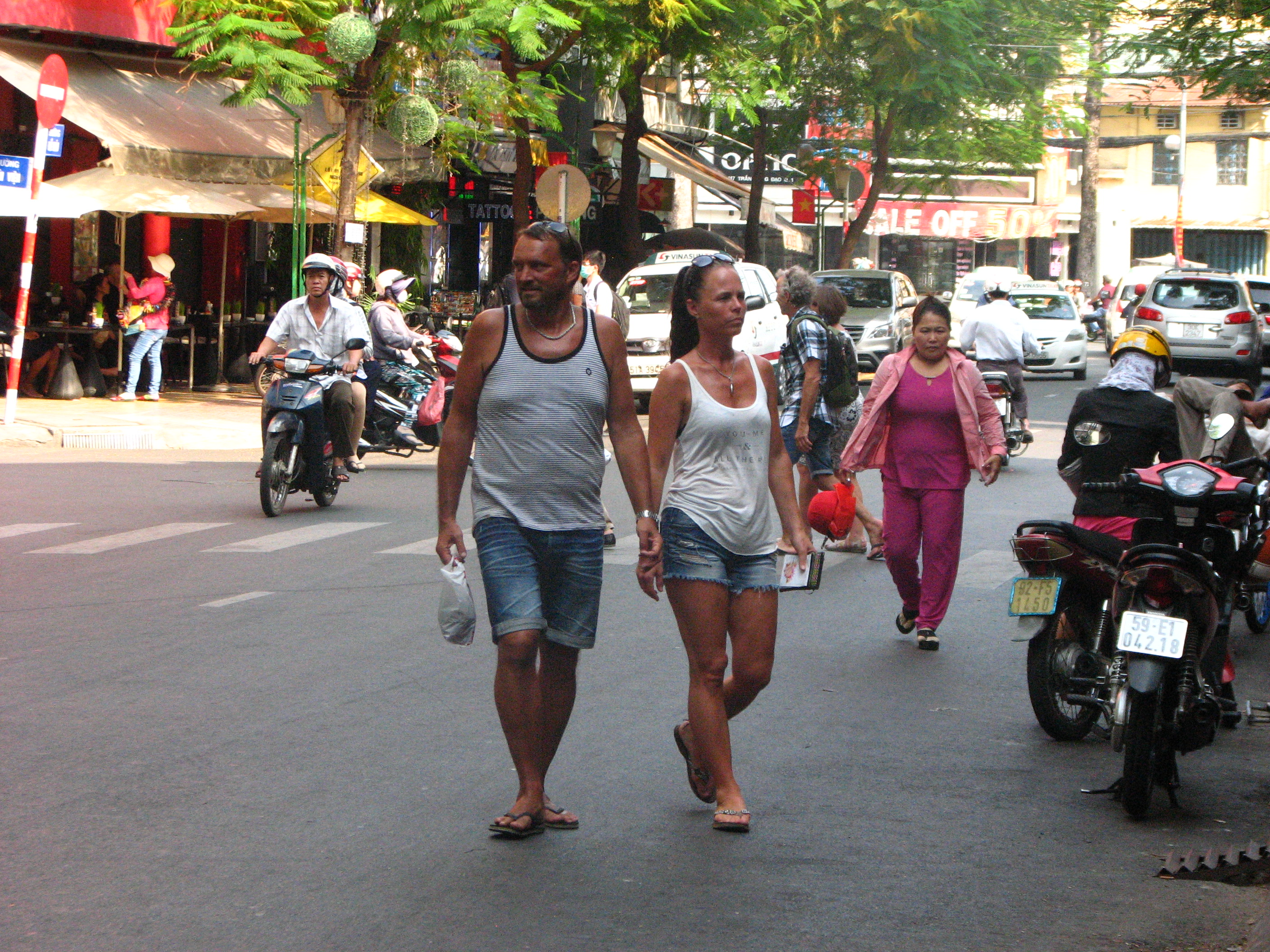 Vietnam waives visas for 5 more European countries, including Germany, UK