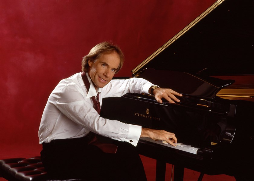 Pianist Richard Clayderman to perform in Hanoi