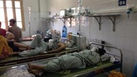 Thirteen bar goers are being treated at the Xanh Pon Hospital Burn Ward in Hanoi. Photo: Thuy Anh.