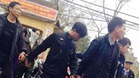 Cops among 11 Vietnamese arrested for gambling in communal temple