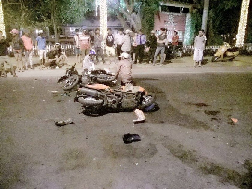 The scene of a traffic accident in which a Russian man allegedly crashes his motorbike into another rider in Phan Thiet. Photo courtesy of the police.