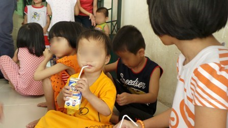 Children, from 3 to 6, play at the Linh Xuan welfare center for HIV-positive children. Photo credit: Dan Tri