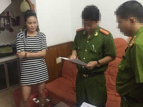 File photo shows Tran Thi Huong Giang, who is arrested by local police at her house in Hanoi lastThursday morning. Police arrested the second member of Giang's defaming group on Thursday.