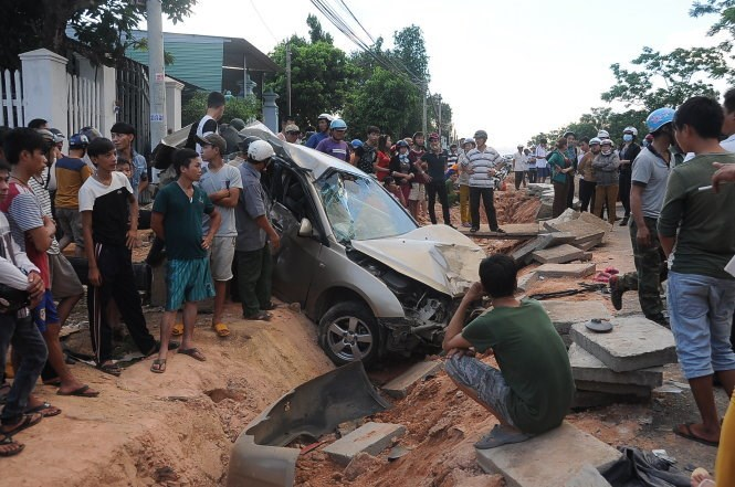 A photo taken in June shows an accident in which the car driver was heavily drunk