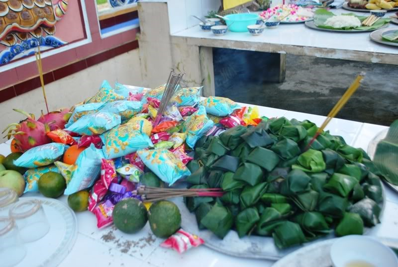 Offerings to hungry ghosts in the seventh month of the lunar calendar. File photo