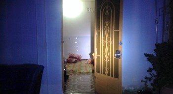 The bedroom where Nguyen Hai Liem allegedly killed his wife on Friday. Photo credit: Vietnamnet.