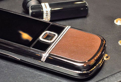 An illustration photo shows a Nokia 8800 decorated with many diamonds on its surface.