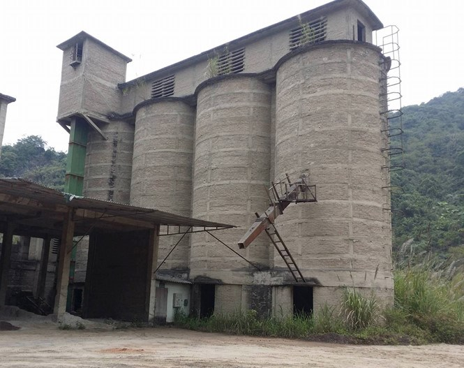 The factory of Bac Kan Cement Company, where a device containing highly radioactive material has recently mysteriously disappeared. Photo: Thai Sinh