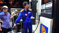 Vietnam gas prices hit new low in third cut this year