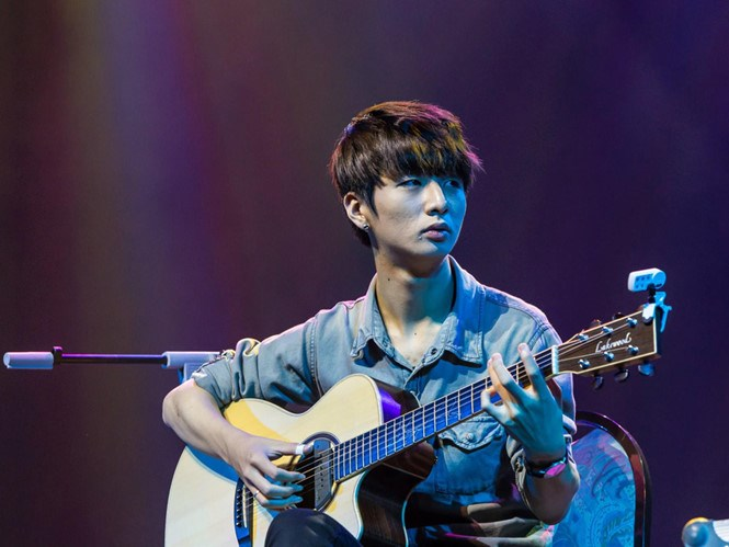 South Korean guitarist Sungha Jung will take the stage in Hanoi and Ho Chi Minh City in April. Photo provided by organizers.