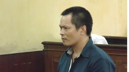 Chinese man Lian Shao Ming, 39, at a courtroom in Ho Chi Minh City on Thursday. Photo credit: Tien Phong
