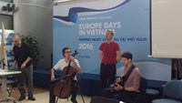European artists perform at a press briefing on Europe Days 2016 program organized in Hanoi on May 4. Photo credit: Nhan Dan Online