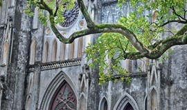 French architectural influences linger in Hanoi