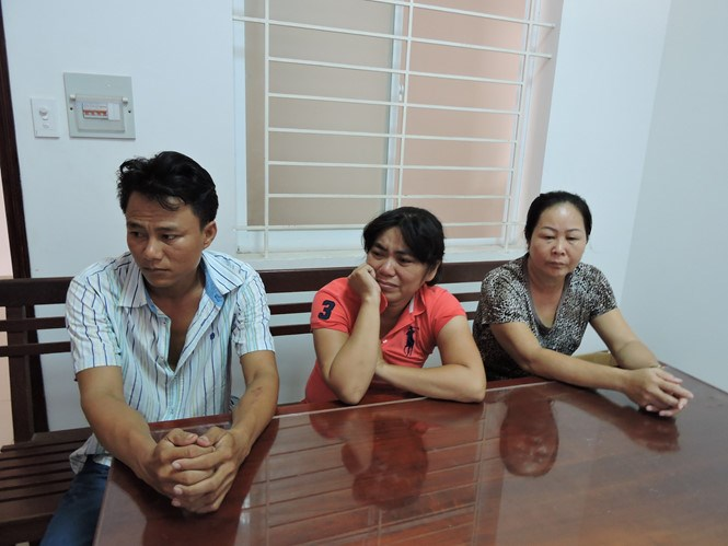 Nguyen Thi Van, 48, at a police station with her two other accomplices on July 4, 2016. Photo: Nguyen Long/Thanh Nien