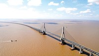 Major bridges open to traffic in Vietnam hubs