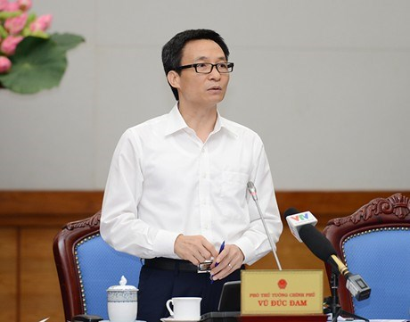 Deputy Prime Minister Vu Duc Dam has called for more actions to prevent HIV/AIDS infection in Vietnam. Photo credit: VGP