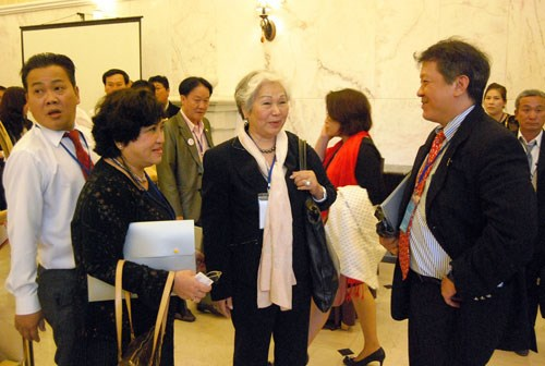 Overseas Vietnamese meet at a recent business gathering event in Lam Dong Province. Photo: Gia Binh