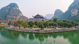 UNESCO recognizes Ninh Binh's glorious Trang An cave network