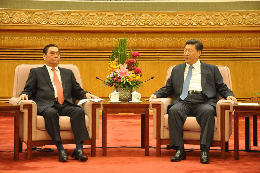 Le Hong Anh (L), the special envoy of Vietnam's Party chief Nguyen Phu Trong and Chinese Party chief and President Xi Jingping at the talks. Photo credit: Vietnam News Agency