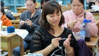A knitting class in Taiwand for Vietnamese women who married Taiwanese husbands. Photo: Nguyen Le Chi
