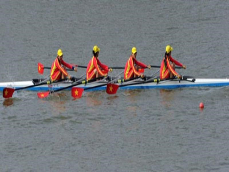 Vietnamese women's rowing team won a silver at Asian Games 2014. File photo