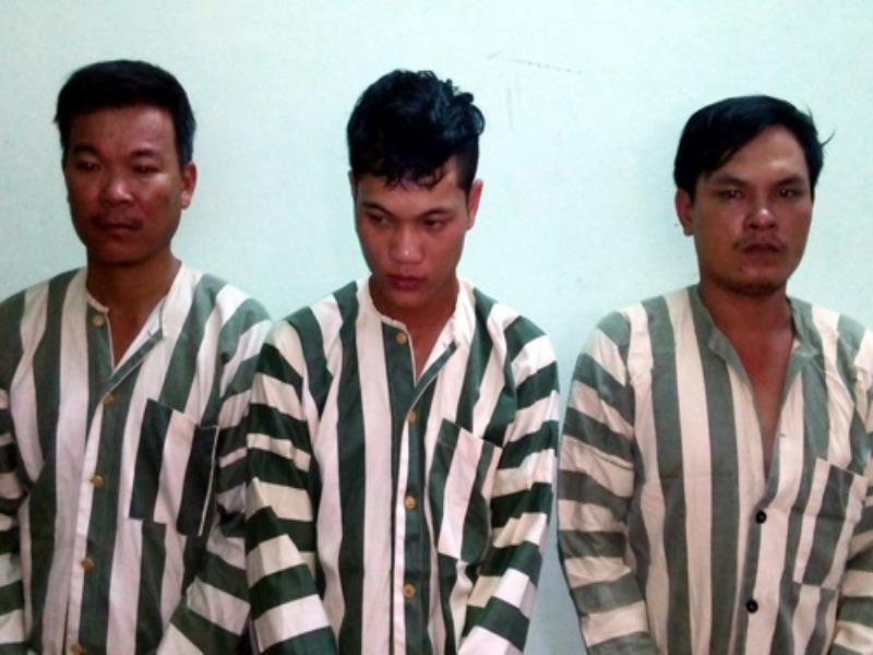 Eight arrested for kidnapping, beating dog thief to death in central Vietnam