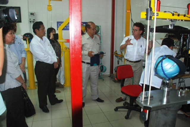Cambodian government delegates visit Protec Tropical Helmet Factory in Vietnam. Photo credit: AIP Foundation