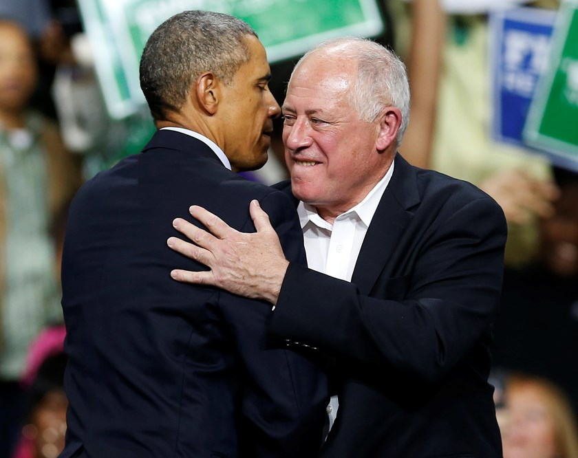 U.S President Barack Obama hugs Illinois Governor Pat Quinn (R) at a campaign rally in Chicago, Illinois October 19. Photo credit: Reuters