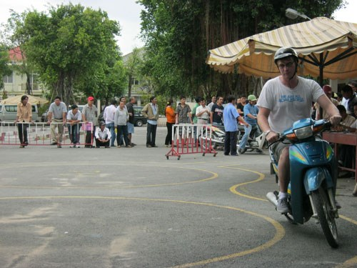 A foreigner taking a driving test in Ho Chi Minh City. File photo