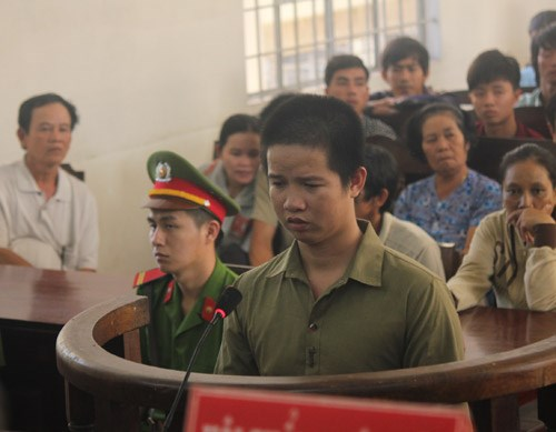 Dong Van Nghia, 25, being tried on November 18. Photo: Giang Phuong