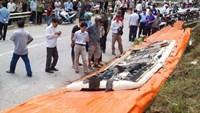 The roof of the bus involved in an accident in Lao Cai Province on September 1 that killed 12 people. Photo: Ha An