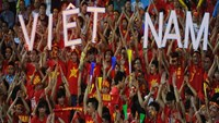 Vietnamese players urge fans not to retaliate for bloody violence in Malaysia