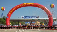 The inauguration of the Ho Chi Minh City - Long Thanh - Dau Giay Expressway on February 8, 2015 with Prime Minister Nguyen Tan Dung in attendance. Photo: Minh Hung