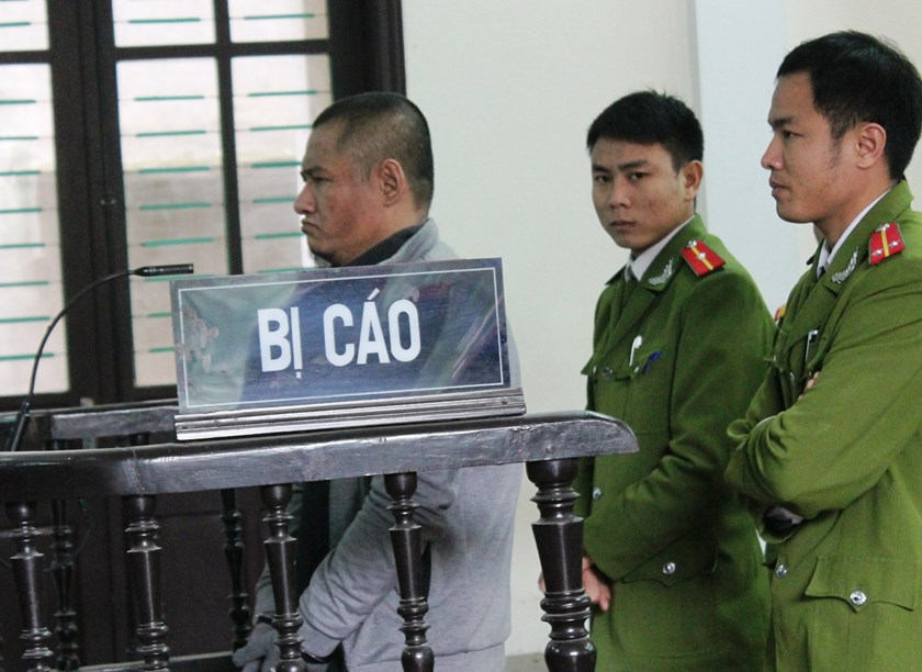 Phan Dinh Tuan stands trial in Nghe An Province on February 10, 2015. Photo: Khanh Hoan